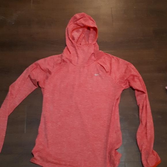 NIKE dry fit RUNNING series long sleeve